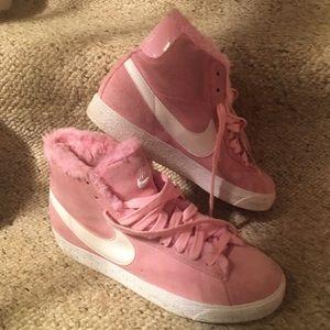 Nike Pink Suede w/Faux Fur Sneakers